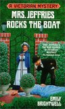 Mrs. Jeffries Rocks the Boat (Mrs. Jeffries, #14)