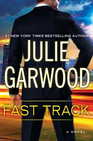 Fast Track (Buchanan/FBI Series #12)REQ - Julie Garwood