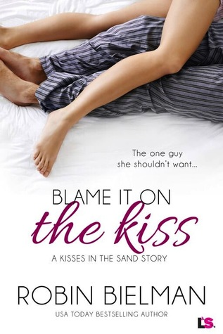 {Review} Blame It On the Kiss by Robin Bielman